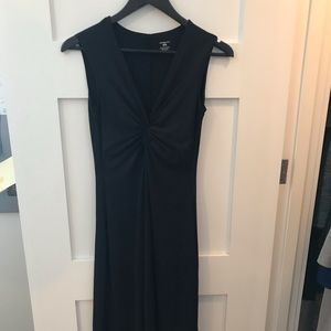 Patagonia stretchy & breathable mid-length dress